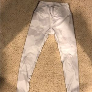 Alo white camo leggings